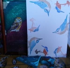 Die seidige Eule ist ein altes Werk, Kleiber und Eisvogel am Sonntag entstanden